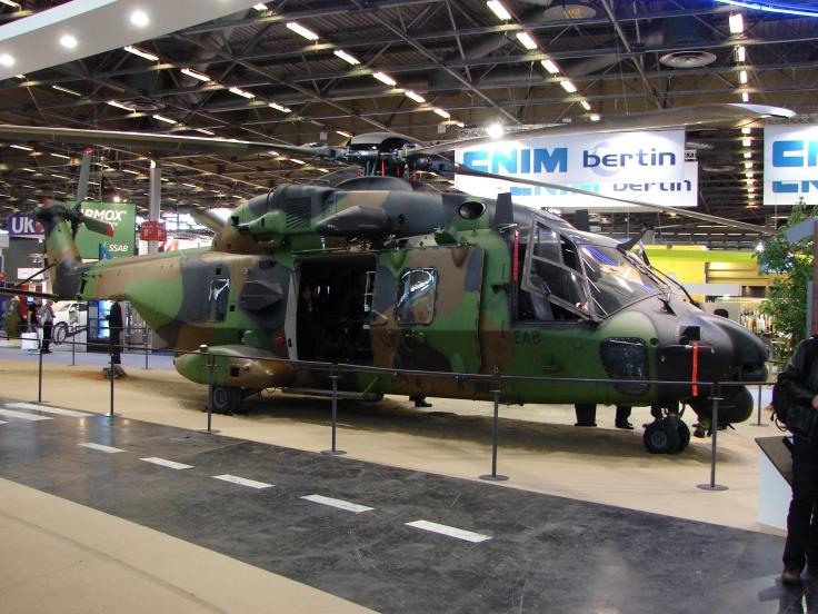 2012_Eurosatory_Caiman_TTH_NHIndustries_NH90_(vue_de_profil)